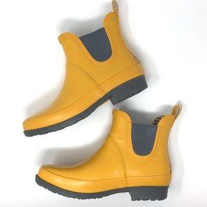 L.L. Bean Shoes - L.L. Bean Yellow Wellie Rain Boot - EUC